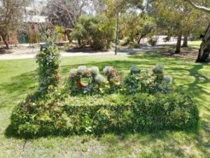 A photo of a garden sculpture.